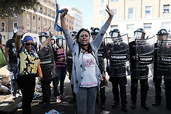 August 24, 2017 - Rome, Italy - The eviction continues from the palace occupied by Eritrean migrants in Independence Square as the police strike people who have been sleeping in the streets for days with water cannons. (Credit Image: © Danilo Balducci via ZUMA Wire)
