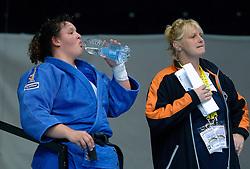 26-05-2006 JUDO: EUROPEES KAMPIOENSCHAP: TAMPERE FINLAND<br /> Carola Uilenhoed dringt door tot de finale. In de extra tijjd was het Anne Sophie Mondiere (FRA) die aan het lanste eind trok. Zilver voor Uilenhoed - Plantina<br /> ©2006-WWW.FOTOHOOGENDOORN.NL