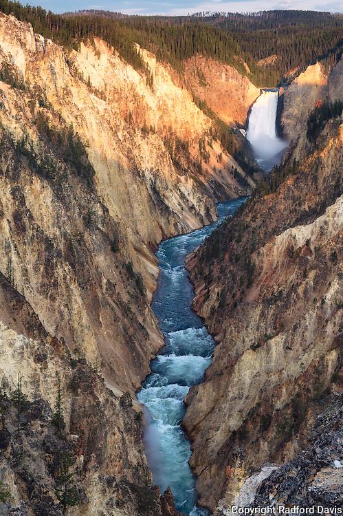 Yellowstone National Park, Lower falls