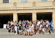 Large tour group of visiting students outside Weston Library, University of Oxford, England, UK
