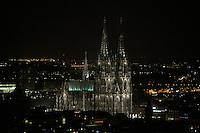 07 JAN 2008, KOELN/GERMANY:<br /> Koelner Dom bei Nacht<br /> IMAGE: 20080107-01-237<br /> KEYWORDS: Köln, Kölner Dom, nachts, Nachtaufnahme, Sehenwuerdigkeit, Sehenswürdigkeit, Colonge