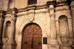 Front doors of the Alamo