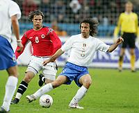 Fotball, 04. juni 2005,  VM-kvalifisering, Norge-Italia, Kristofer Haestad, Norge og  Pirlo, Italia