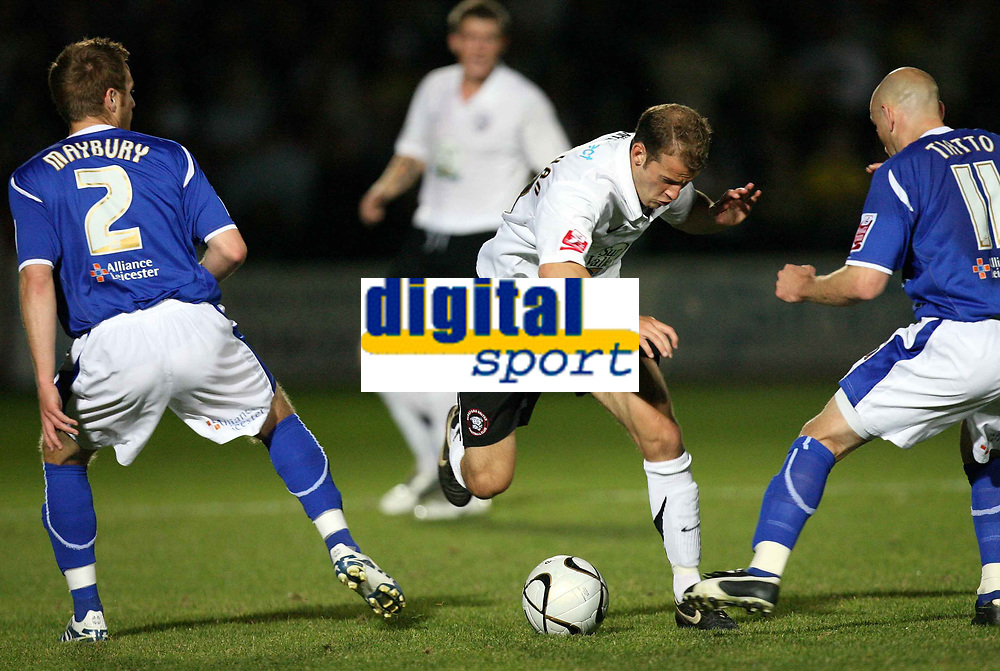 Photo: Rich Eaton.<br /> <br /> Hereford United v Leicester City. Carling Cup. 19/09/2006. Trent McClenahan centre of Hereford takes on the Leicester defence