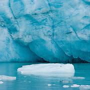 North America, United States, US, Northwest, Pacific Northwest, West, Alaska, Glacier Bay, Glacier Bay National Park, Glacier Bay NP. Lamplugh Glacier in Glacier Bay National Park and Preserve, Alaska.