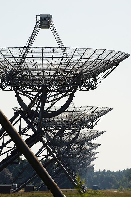 Nederland, Westerbork, 10 juni 2007.Radiotelescoop van Westerbork.. Foto (c) Michiel Wijnbergh.