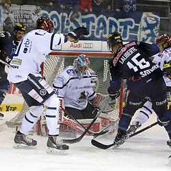 Tor zum 2:0 durch 17 Petr Taticek (Spieler ERC Ingolstadt)<br /> mit auf dem Bild 15 John Laliberte (Spieler ERC Ingolstadt), 42 Boris Blank (Spieler Iserlohn Roosters), 20 Kevin Lavallée (Spieler Iserlohn Roosters) und 6 Michel Périard (Spieler Iserlohn Roosters) und 34 Chet Pickard (Torhueter Iserlohn Roosters) beim Spiel in der DEL, ERC Ingolstadt (blau) - Iserlohn Roosters (weiss).<br /> <br /> Foto © PIX-Sportfotos *** Foto ist honorarpflichtig! *** Auf Anfrage in hoeherer Qualitaet/Aufloesung. Belegexemplar erbeten. Veroeffentlichung ausschliesslich fuer journalistisch-publizistische Zwecke. For editorial use only.