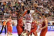 DESCRIZIONE : Pistoia Lega serie A 2013/14 Giorgio Tesi Group Pistoia Victoria Libertas Pesaro<br /> GIOCATORE : johnson jajuan<br /> CATEGORIA : tiro gancio<br /> SQUADRA : Giorgio Tesi Group Pistoia<br /> EVENTO : Campionato Lega Serie A 2013-2014<br /> GARA : Giorgio Tesi Group Pistoia Victoria Libertas Pesaro<br /> DATA : 24/11/2013<br /> SPORT : Pallacanestro<br /> AUTORE : Agenzia Ciamillo-Castoria/GiulioCiamillo<br /> Galleria : Lega Seria A 2013-2014<br /> Fotonotizia : Pistoia Lega serie A 2013/14 Giorgio Tesi Group Pistoia Victoria Libertas Pesaro<br /> Predefinita :