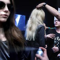 Nederland, Amsterdam , 29 januari 2012..Groninger ontwerper Jan Boelo Drenth presenteert Show op Amsterdam Fashion Week. Hij draagt een door hem ontworpen shirt waar op slinkse wijze het oranje logo van Groningen in verwerkt is..Foto:Jean-Pierre Jans