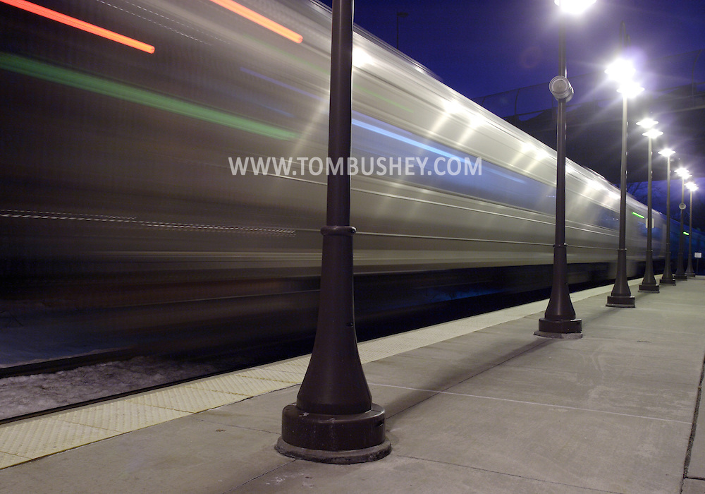 Town of Wallkill, N.Y. - A  passenger train pulls away from  the Metro North train station on the evening of Feb. 25, 2008.