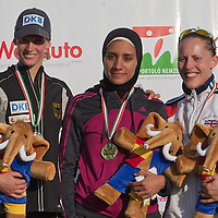 Germany's Lena Schoneborn (L), Egypt's Aya Medani (C) and Great Britain's Mhairi Spence (R) pose afger winning the Modern Pentathlon Women's World Cup held in Budapest, Hungary on May 07, 2011. ATTILA VOLGYI