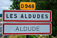 France, Pyrénées-Atlantiques (64), Pays-Basque, vallée des Aldudes, le village Les Aldudes // France, Pyrénées-Atlantiques (64), Basque Country, Aldudes valley, the village Les Aldudes