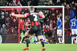 Goal, Junior Stanislas of Bournemouth scores the equaliser, Bournemouth 2-2 Everton - Mandatory by-line: Jason Brown/JMP - Mobile 07966 386802 28/11/2015 - SPORT - FOOTBALL - Bournemouth, Vitality Stadium - AFC Bournemouth v Everton - Barclays Premier League