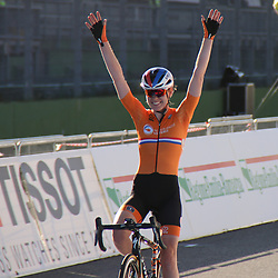 26-09-2020: wielrennen: WK weg vrouwen: Imola <br /> Anna van der Breggen takes her 2nd Worldtitle on the road after Innsbruck 2018. Annemiek van Vleuten 2nd and Elisa Longo Borghini (Italy) 3th<br /> 26-09-2020: wielrennen: WK weg vrouwen: Imola