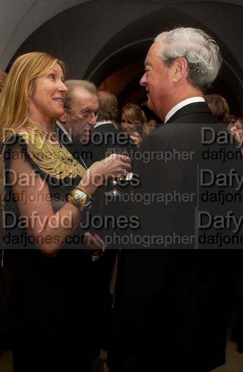 Sir David and Lady Carina Frost and The Duke of Marlborough. Dinner to unveil the Van Cleef & Arpels jewellery collection 'Couture' with fashion by Anouska Hempel Couture. The Banqueting House, Whitehall Palace, London on 8th March 2005.ONE TIME USE ONLY - DO NOT ARCHIVE  © Copyright Photograph by Dafydd Jones 66 Stockwell Park Rd. London SW9 0DA Tel 020 7733 0108 www.dafjones.com