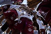 DESCRIZIONE : Bologna Lega A 2015-16 Obiettivo Lavoro Virtus Bologna - Umana Reyer Venezia<br /> GIOCATORE : Umana Reyer Venezia<br /> CATEGORIA : Fair Play Capanna Pregame<br /> SQUADRA : Umana Reyer Venezia<br /> EVENTO : Campionato Lega A 2015-2016<br /> GARA : Obiettivo Lavoro Virtus Bologna - Umana Reyer Venezia<br /> DATA : 04/10/2015<br /> SPORT : Pallacanestro<br /> AUTORE : Agenzia Ciamillo-Castoria/G.Ciamillo<br /> <br /> Galleria : Lega Basket A 2015-2016 <br /> Fotonotizia: Bologna Lega A 2015-16 Obiettivo Lavoro Virtus Bologna - Umana Reyer Venezia