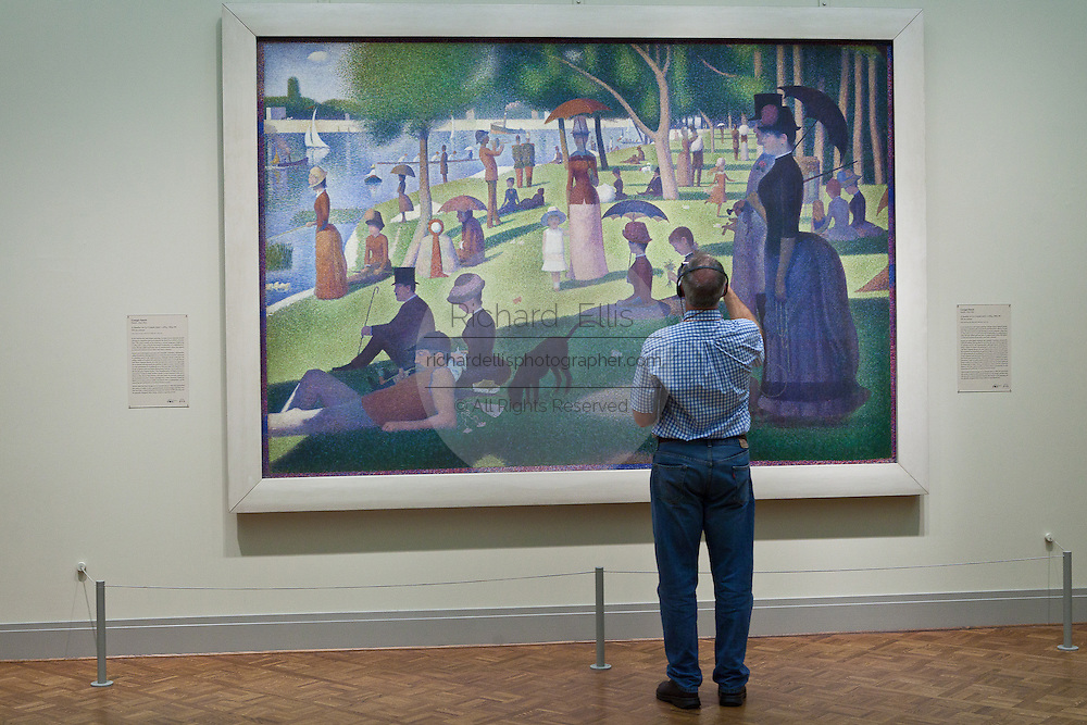 A Sunday on La Grande Jatte by Georges Seurat at the Art Institute in Chicago, IL, USA.