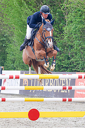 09.2, Youngster-Springprfg. Kl. M** 8j. Pferde,Ehlersdorf, Reitanlage Jörg Naeve, 13.05. - 16.05.2021, Thomas Kleis (GER), For Celebration,