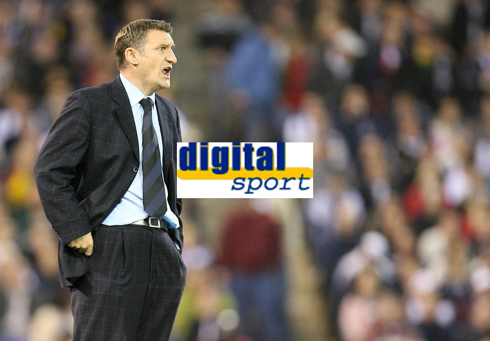 Photo: Rich Eaton.<br /> <br /> West Bromwich Albion v Wolverhampton Wanderers. Coca Cola Championship. Play off Semi Final 2nd Leg. 16/05/2007. West Broms manager Tony Mowbray shouts instructions as his team win 1-0