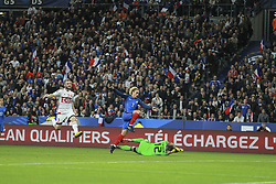 October 10, 2017 - Paris, France - Antoine Griezmann of France puts his side 1-0 ahead during the Fifa 2018 World Cup qualifying match between France and Belarus on October 10, 2017 in Paris, France. (Credit Image: © Elyxandro Cegarra/NurPhoto via ZUMA Press)