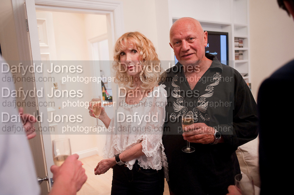 BASIA BRIGGS; STEVEN BERKOFF, Drinks party hosted by Basia Briggs. Sloane Gdns. London. 24 May 2010. -DO NOT ARCHIVE-© Copyright Photograph by Dafydd Jones. 248 Clapham Rd. London SW9 0PZ. Tel 0207 820 0771. www.dafjones.com.