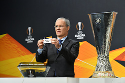 NYON, SWITZERLAND - Monday, December 14, 2020: UEFA Deputy General Secretary Giorgio Marchetti draws out SL Benfica during the UEFA Europa League 2020/21 Round of 32 draw at the UEFA Headquarters, the House of European Football. (Photo Handout/UEFA)
