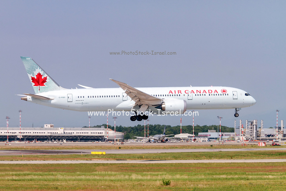 C-FGEI Air Canada Boeing 787-9 Dreamliner Photographed at Malpensa airport, Milan, Italy
