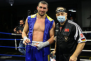 BOXEN: EC Boxing, Fightnight, Schwergewicht, Hamburg, 13.03.2021<br /> Boxen1-Newcomer des Jahres Auszeichnung: Victor Faust (GER, UKR) und Trainer Bülent Baser<br /> © Torsten Helmke