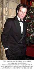 Actor JAMES PUREFOY at a ball in London on 4th December 2001.OUZ 60