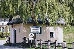 THEMENBILD - das Ortsschild von Bramberg am Wildkogel im Ortsteil Bicheln an einer Trauerweide und einer kleinen Kapelle, aufgenommen am 08. Mai 2020, Bramberg, Österreich // the place-name sign of Bramberg am Wildkogel in the district Bicheln at a weeping willow and a small chapel on 2020/05/08, Bramberg, Austria. EXPA Pictures © 2020, PhotoCredit: EXPA/ Stefanie Oberhauser