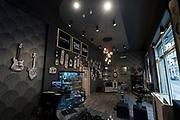 © Filippo Alfero<br /> Casa delle lampadine, progetti di illuminazione<br /> Torino, 26/05/2017<br /> Nella foto: negozio One Torino - Area 38 light