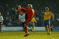 Picture: Jed Leicester<br />Date: 15/03/2003<br />Fulham  v Southampton FA Barclaycard Premiership<br /><br />Southampton's keeper Antti Niemi cracks the ball against the bar in the dying seconds of the match for Michael Svensson to score the late equalizer