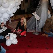 NLD/Haarzuilens/20120425 - Opening tentoonstelling Bruidjes van de Haar,