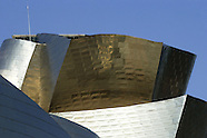 Cleaning the Guggenheim Museum in Bilbao