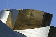 Cleaning the Guggenheim Museum in Bilbao