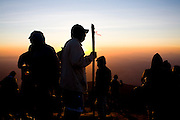 Alto Caparao_MG, Brasil...Turistas no Pico da Bandeira, no Parque Nacional Serra do Caparao...The tourists in Pico da Bandeira at Serra do Caparao National Park ...Foto: LEO DRUMOND /  NITRO