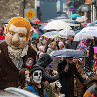 REPRO FREE<br /> Despite the weather people and giants turned out for the Kinsale Halloween Parade.<br /> Picture. John Allen