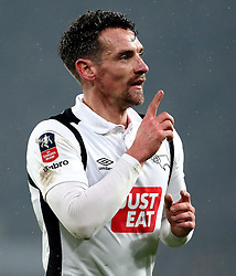 Craig Bryson of Derby County celebrates scoring a goal to make it 2-1 - Mandatory by-line: Robbie Stephenson/JMP - 27/01/2017 - FOOTBALL - iPro Stadium - Derby, England - Derby County v Leicester City - Emirates FA Cup fourth round