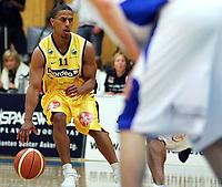 Basketball<br /> BLNO<br /> 25.09.2005<br /> Asker  Aliens v Kongsberg Penguins 87-78<br /> Foto: Morten Olsen, Digitalsport<br /> <br /> Kelvin Parker - Asker