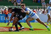 Sione Molia gets the winning try for New Zealand against Argentina during day one at the Emirates Airline Dubai Rugby Sevens 1st December 2017. Copyright photo: Tom Kirkwood / www.photosport.nz