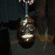 Il Quinto giorno della Settimana della Moda a Milano: una borsa a forma di teschio<br /> <br /> The fifth day of Milan Fashion Week: a handbag to shape of skull