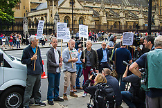 2015-08-20 Polish immigrants protest against UK discrimination.