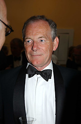 SIMON JENKINS at the Royal Academy dinner before the official opening of the Summer Exhibition held at the Royal Academy of Art, Burlington House, Piccadilly, London W1 on 1st June 2005.<br /><br />NON EXCLUSIVE - WORLD RIGHTS