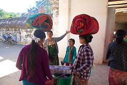 Vendors, Shwezigon Pagoda