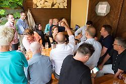23.06.2017, Weingut & Heuriger Edelmoser, Wien, AUT, ÖHB, Fest zur Verabschiedung des scheidenden Generalsekretär Martin Hausleitner (ÖHB), im Bild Gäste schauen die Auslosung der Handball EM 2018 // during a farewell celebration for the general secretary of the Austrian Handball Association Martin Hausleitner at the Weingut & Heuriger Edelmoser, Vienna, Austria on 2017/06/23 . EXPA Pictures © 2017, PhotoCredit: EXPA/ Sebastian Pucher