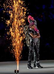 05-08-2016 BRA: Olympic Games day -1, Rio de Janeiro<br /> Openingsceremonie van de Olympische Spelen in Rio / dans, muziek, show en eenboodschap aan de wereld