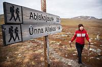 Distance maker sings at Alesjaure mountain hut, Kungsleden trail, Lappland, Sweden