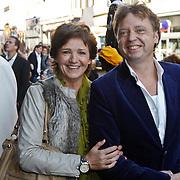 NLD/Amsterdam/20101010 - Premiere Sinterklaas en het Pakjes Mysterie, Martine van os en Wim Rijken