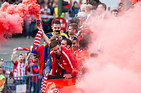 Atletico de Madrid Gabi Fernandez celebrating Europa League Championship at Neptune Fountain in Madrid, Spain. May 18, 2018. (ALTERPHOTOS/Borja B.Hojas)