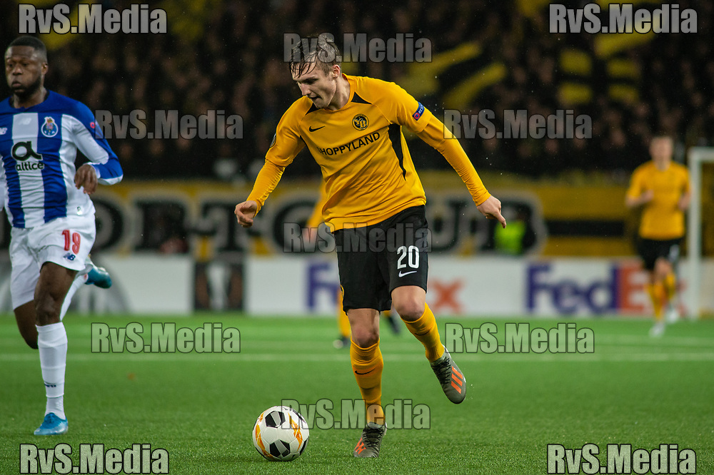 BERN, SWITZERLAND - NOVEMBER 28: #20 Michel Aebischer of BSC Young Boys in action during the UEFA Europa League group G match between BSC Young Boys and FC Porto at Stade de Suisse, Wankdorf on November 28, 2019 in Bern, Switzerland. (Photo by Monika Majer/RvS.Media)